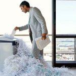 Cómo limpiar una trituradora atascada