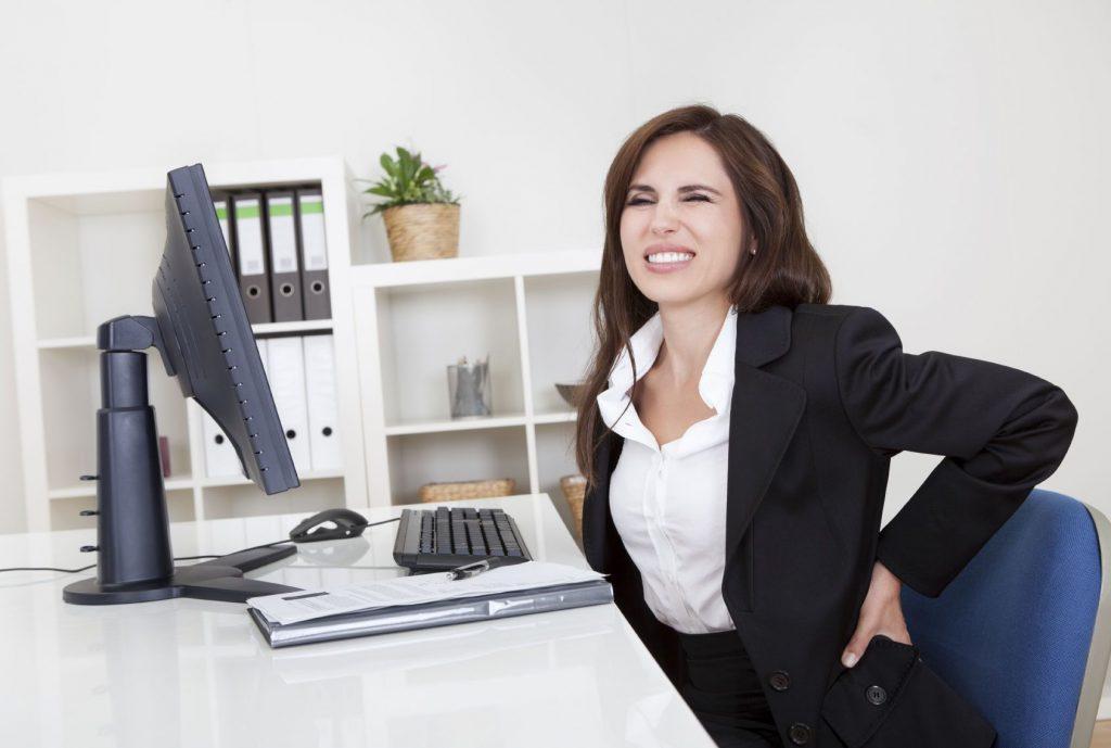 Mejora tus hábitos posturales con una silla de escritorio