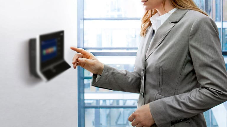los controladores de presencia en la oficina