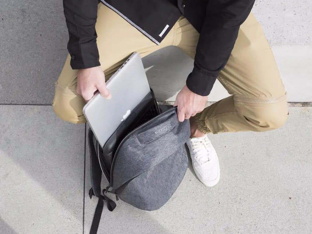 mejores mochilas para guardar tu mac
